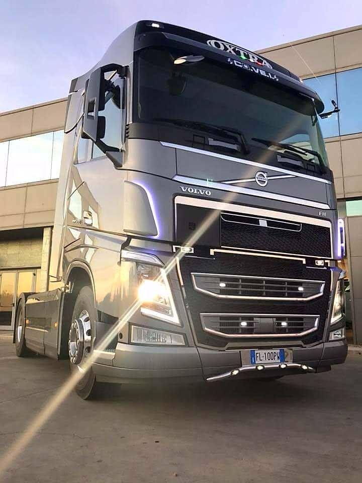 Volvo Truck Volvo Trucks Lkw Camiones Ceskytrucker Volvo Trucks Volvo Mercedes Benz Trucks Best download wallpaper truck volvo all