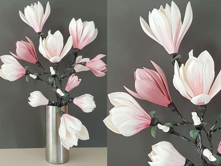 MOULES THERMOFORMABLE  Découvrez comment fabriquer de superbes décorations florales en utilisant des moules pour thermoformage. Vivez le printemps jusque dans votre intérieur en réalisant un bouquet de magnolias.  Retrouvez tous les tutoriels et vidéos dont il est question dans l'atelier.