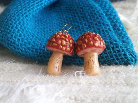 Red mushroom polymer clay earrings by Lijoux