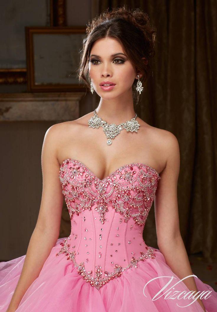 663 best Sweet 16 & Quinceanera images on Pinterest   Trajes de gala ...