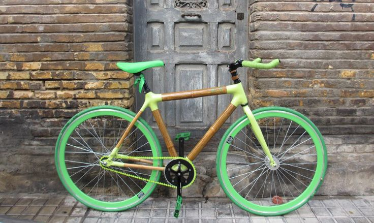 Bamboo and Carbon Fiber Bicycles are the Ultimate in Customization (8 pictures)