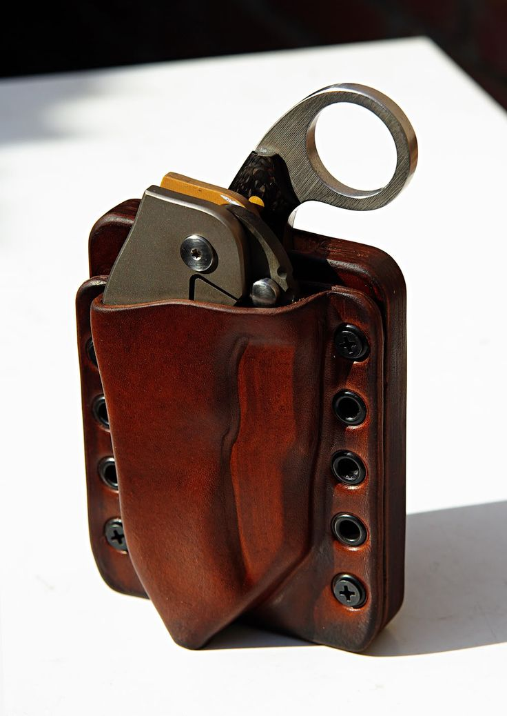 "Marrtin Sheaths's ""New Concept Combi Pouch"""