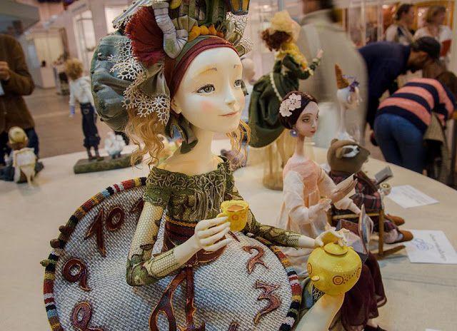 Выставка тедди и кукол