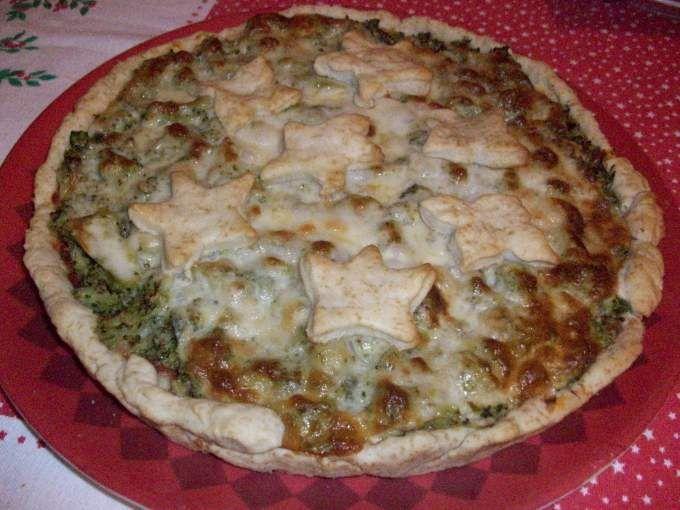 Torta salata con broccoli e fontina
