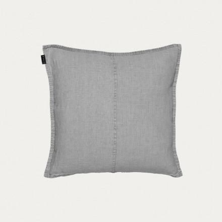 Linum West Light Stone Grey Cushion 50 X 50 Cm: Cushion, light stone grey. West fabric is a single-coloured fabric in 100% washed linen. Linum is proud to present a new chapter in the history of Swedish Design since 1966. Linum continue to design and produce collections with an authenticity to the Swedish heritage. Linum design products with sophistication through simplicity. Linum pays attention to subtle detailing with an aspiration of designing the small details to be both beautiful and…