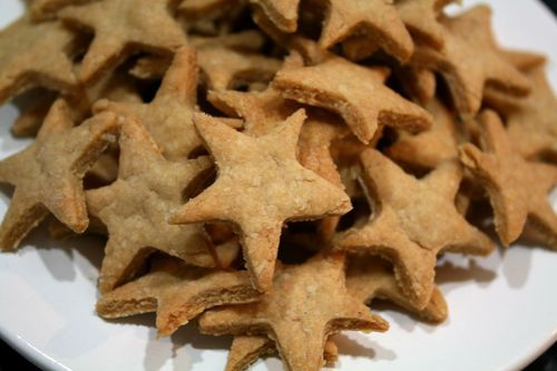 Cheesy Snack Crackers: Kids Lunches, Ninjas Stars, Plastic Purses, Breakfast Snacks, Books Recipes, Kids Snacks Lunches, Purple Plastic, Kids Food, Kids Friends Recipes