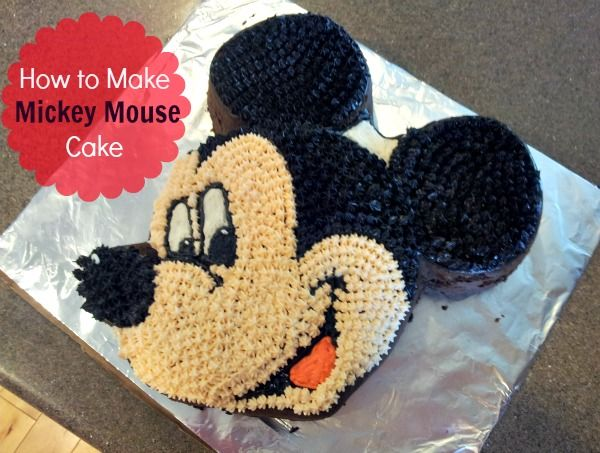 Disney Mickey Mouse Cake. Kids Birthday Party Ideas. http://momalwaysfindsout.com/2012/07/mickey-mouse-cake/