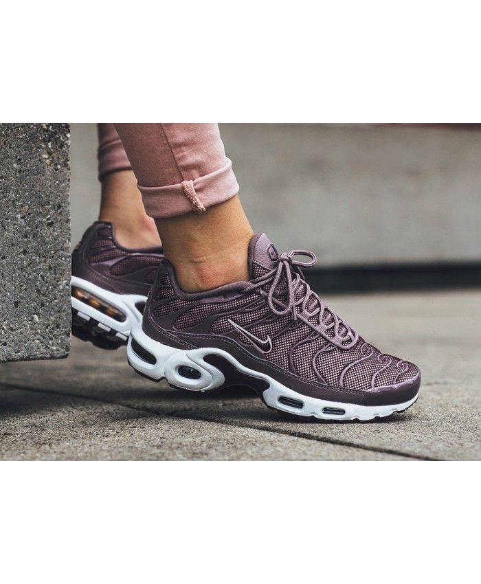 new products 8fc4f 3abd8 Nike Air Max TN Womens Trainer Purple | Shoes in 2019 | Nike ...
