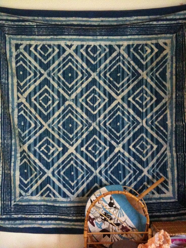 インド綿と型絵の団扇。