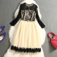 Zomer nieuwe mode 2015 start-en landingsbaan party sexy jurken vrouwen casual kleding gaas holle gesneden kant mouw jurk slanke temperament