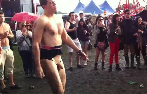 naked-men-wrestling