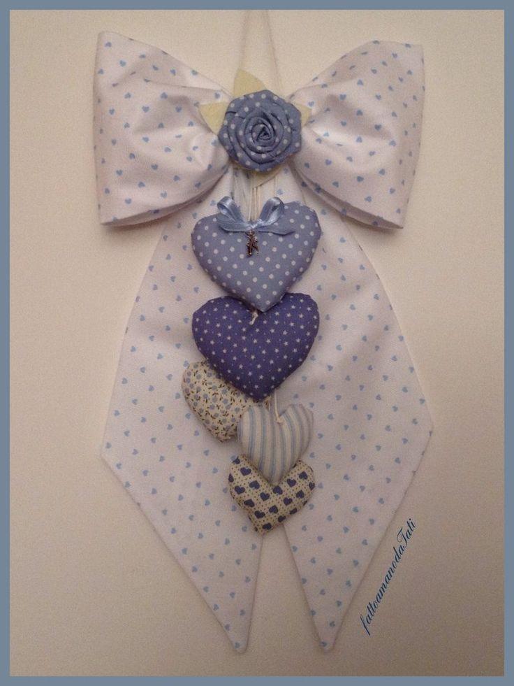 Fiocco nascita in piquet di cotone bianco a cuoricini azzurri , by fattoamanodaTati, 30,00 € su misshobby.com