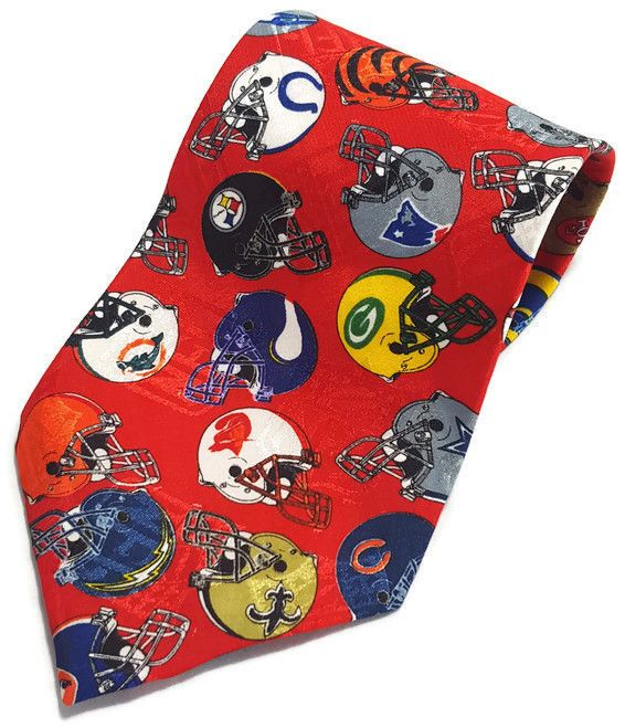 NFL Football Helmets Necktie Red Sports Packers Cowboys Saints Steelers Patriots #TeamNFL #Tie