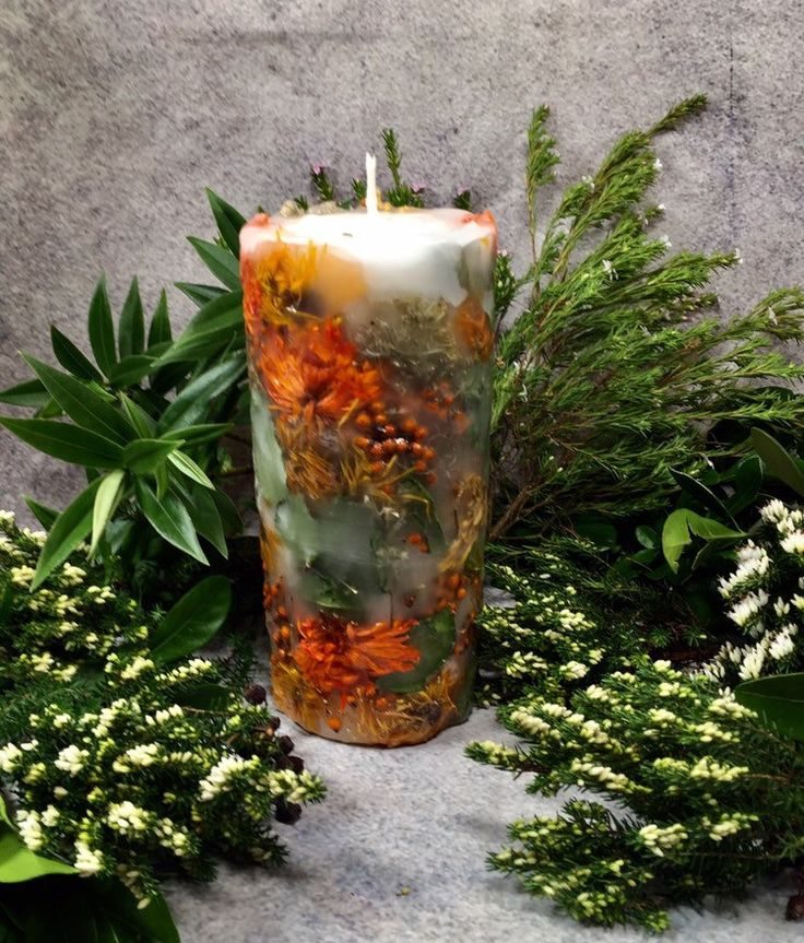 Botanical candle with wild flowers. Large Candle with real