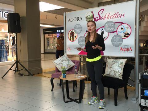 Agora Sohbetleri ve Kadınlar Kulübü'nün ortak etkinliğine Pilates Eğitmeni Cemile Aydın konuk oldu