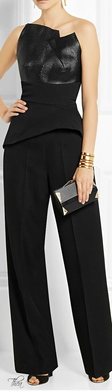 Omg, the one! Jumpsuit but with cap curve sleevesRoland Mouret ~ Tнεα