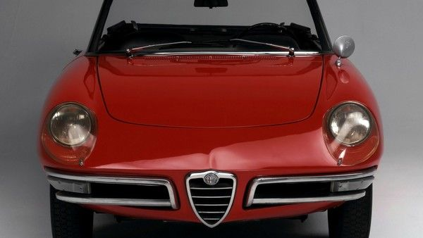1966 Alfa Romeo Spider Duetto  #cars #coches #carros