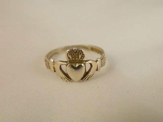 Vintage Sterling Silver Claddagh Ring / Promise Ring / Silver Irish Heart Celtic Ring Size 7 by VintageBaublesnBits, $45.00