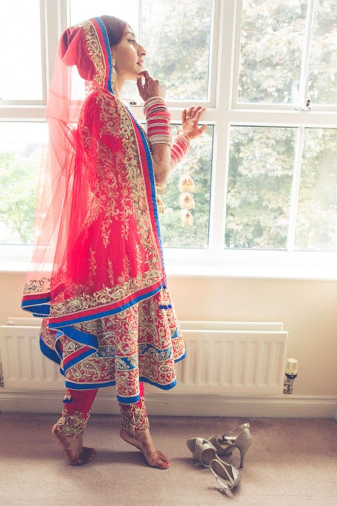 British Fusion Sikh Wedding on Secret Wedding Blog | Photography @HelloSorriso