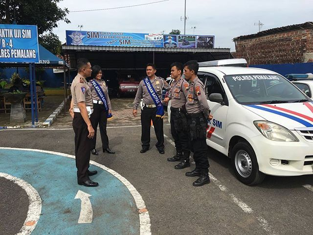 ingin punya SIM 2 anggota SatSabhara ikuti prosedur. #polisi_indonesia #hmspoldajateng #humasrespemalang #abdi_negara