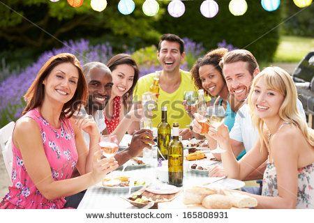 girl friends party barbecue - Szukaj w Google