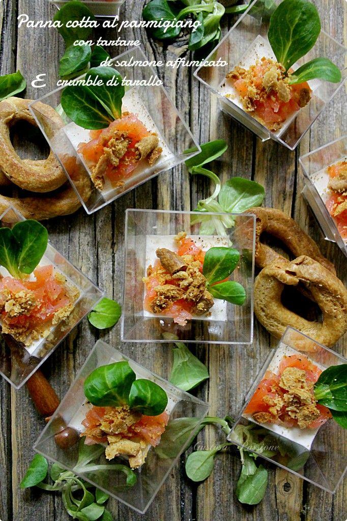 PANNA COTTA AL PARMIGIANO CON TARTARE DI SALMONE AFFUMICATO E CRUMBLE DI TARALLO http://blog.cookaround.com/gustosapassione/2015/12/panna-cotta-al-parmigiano-con-tartare-di-salmone-affumicato-e-crumble-di-tarallo.html