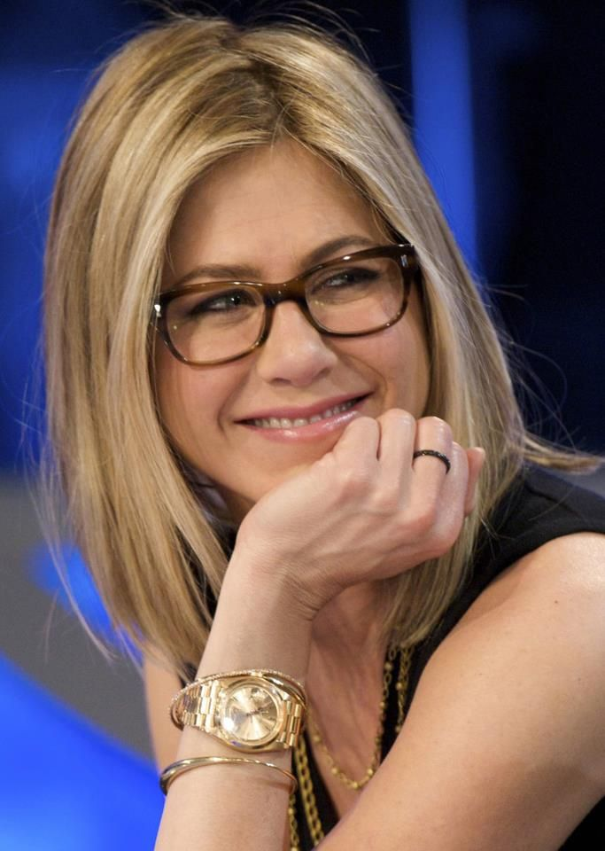 Best Eyeglass Frame Color For Blondes : Cinco famosos gafapastas con ?estilo? Jennifer aniston ...