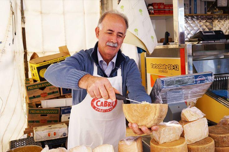 Küche und Kultur Apuliens kennenlernen | Wochenmärkte durchstöbern, beim Bauern kaufen, Städte besichtigen und KOCHEN | Koch- und Kulturwoche #Apulien #italien #kochen #kochkurs #markt #marktstand #vamosreisen
