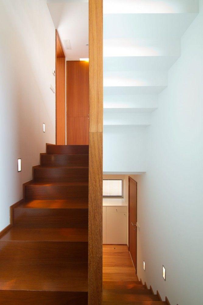 corridor of modern house designs and floor plans