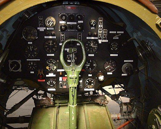 I-16 Cockpit