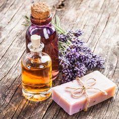 DIY-Geschenkidee: Rezept für Peelingseife - lässt Unreinheiten verschwinden und zaubert im Nu eine seidenweiche, strahlende Haut ...