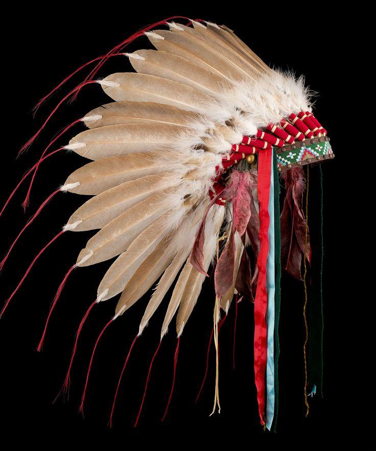 American indian                                                                                                                                                                                 Más