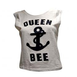 Αμάνικη Μπλούζα με απλικέ γράμματα και ανοιχτή πλάτη!  Sleeveless t-shirt with appliqué stamp on the front.