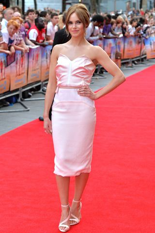 Hannah Tointon attended the world premiere of The Inbetweeners 2 in London in a pale pink satin sheath from Prabal Gurung's Spring '14 runway.