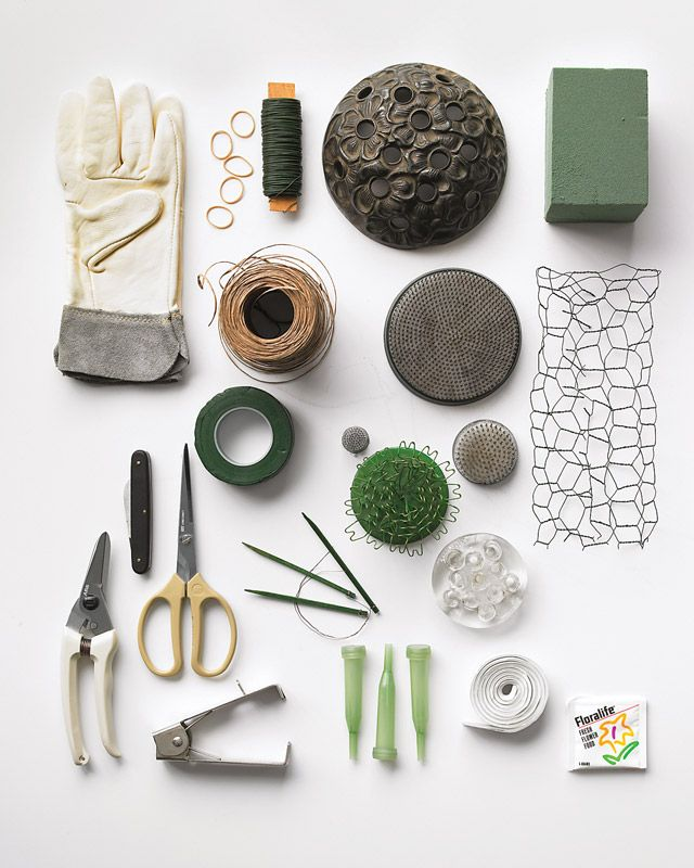 How-Tos for the Flower Arrangements, love the green and grey palette #lifeinstyle #greenwithenvy