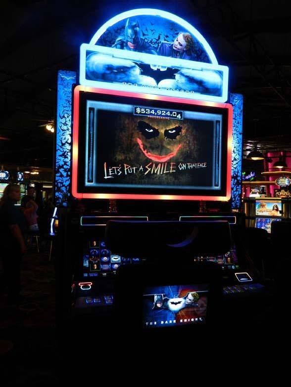 The Dark Knight Slot Machine by IGT