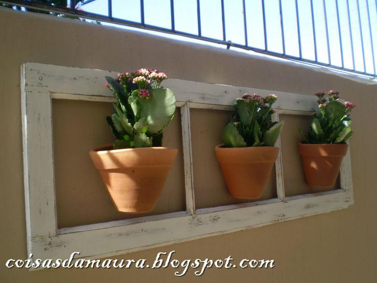 Coisas da Maura: Eu que fiz: Reaproveitando uma janela antiga!
