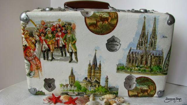 Restoration and decoupage an old suitcase DIY (мастер-класс по реставрации и декупажу старого чемодана)