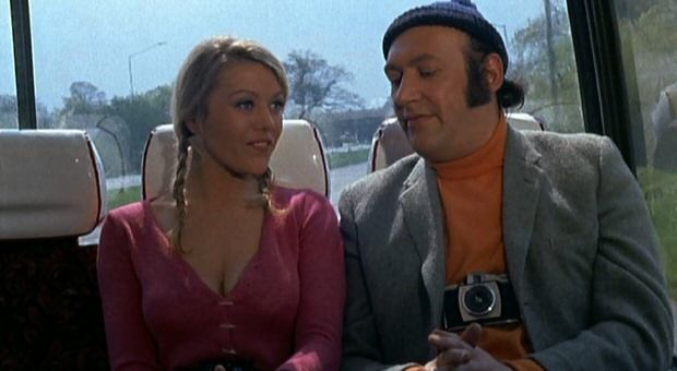 Margaret Nolan And Bernard Bresslaw In Carry On At Your Convenience 1971 Mens Sunglasses Rayban Wayfarer Nolan