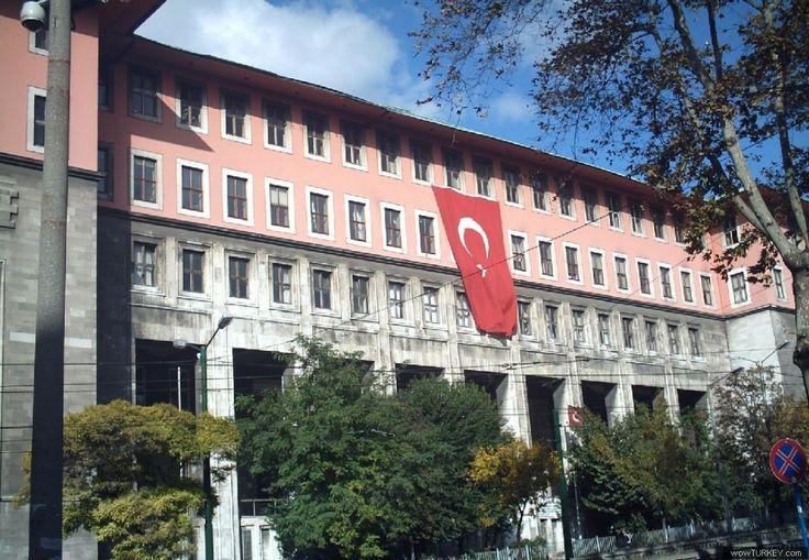 Edebiyat Fakültesi - Faculty of Literature