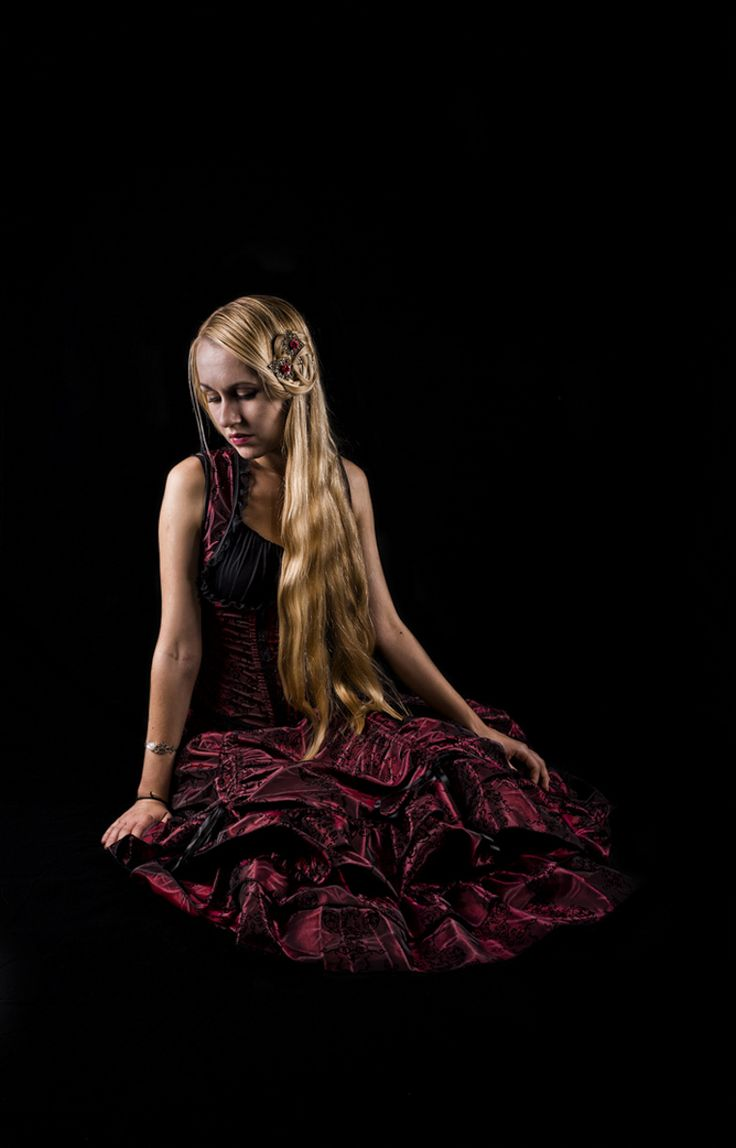 All Rights Reserved ph: Pietro Beltrami model: Elena Matei  #portrait #beauty #blond #hair #red #studio #photography #black