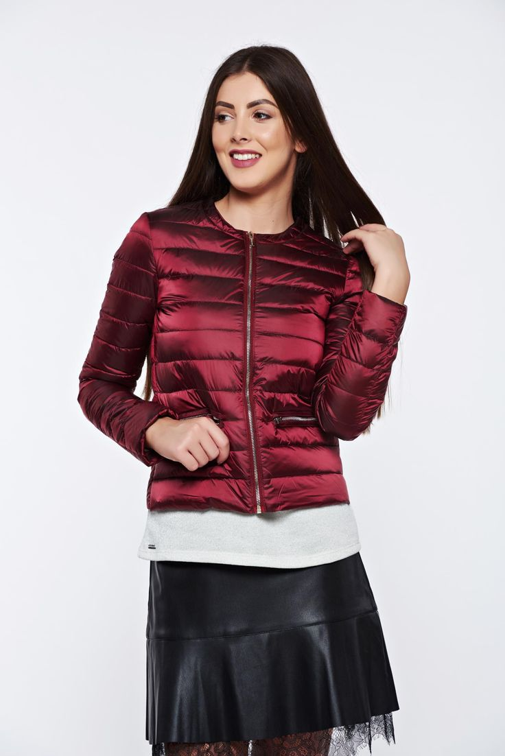Top Secret casual short with inside lining burgundy jacket from slicker, zipper details pockets, inside lining, long sleeves, zipper fastening