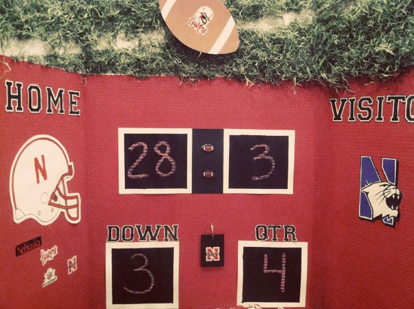 Check out this interactive football scoreboard made with @elmers Tri-Fold Board