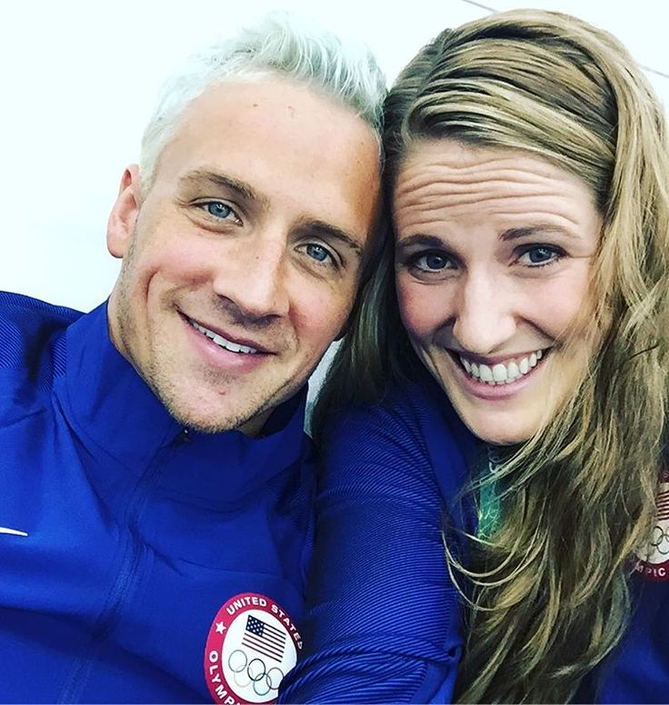 Swimmers Ryan Locthe and Missy Franklin (USA) celebrate his 32nd birthday. #Rio2016