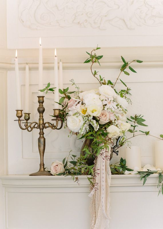 Renaissance inspired wedding decor | photos by Annabella Charles Photography | 100 Layer Cake