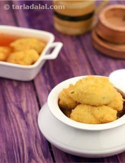 This is a marwari delicacy of moong dal vadas immersed in tangy mustard flavoured liquid. The 'kanji' or 'rai ka pani' as it is known needs to be prepared a day in advance so that all the flavours mellow down. The vadas are added the following day. Kanji vadas are a popular snack sold on the streets throughout rajasthan. Chukandar (beetroot) kanji is also popular and is specially prepared for the festival of holi. Instead of moong dal vadas, large chunks of beetroot are marinated in 'rai ka…