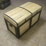 Chest Made from Pallets