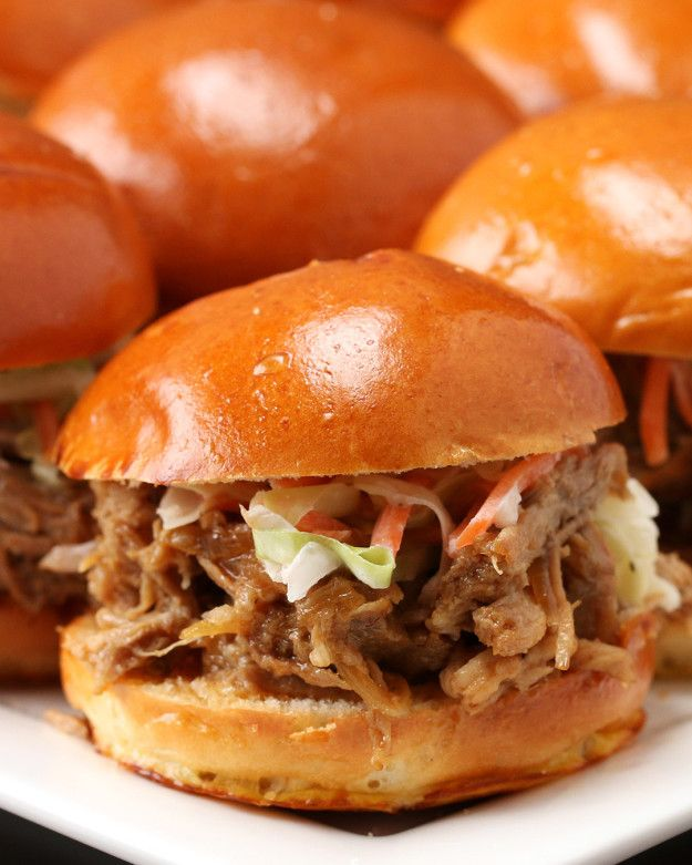 Slow Cooker Honey Garlic Pork Sliders | These Pork Sliders Are Just What You Need Right Now