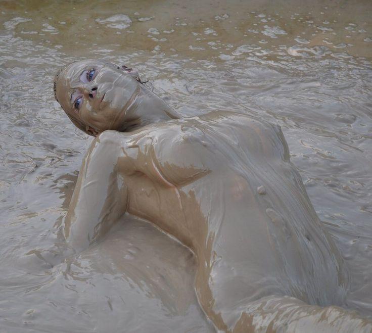 mud bath fetish