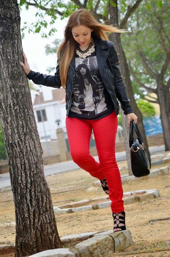 Rocker 28-5-2014 Chaqueta/Jacket: Zara Camiseta/ T-shirt: Primark Pantalón/ Pants: Blanco Tacones/ Heels: Lefties